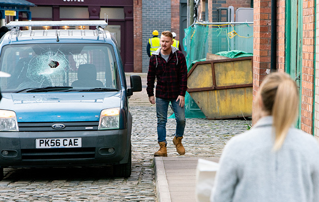 Coronation Street spoilers: Has Sarah Platt worked out that Gary was involved in the accident?