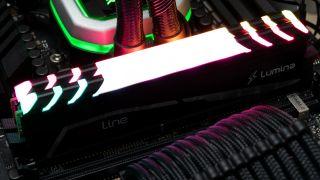 Mushkin Redline Lumina DDR4-3600 C16