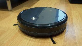 Eufy RoboVac 11 best vacuum cleaner