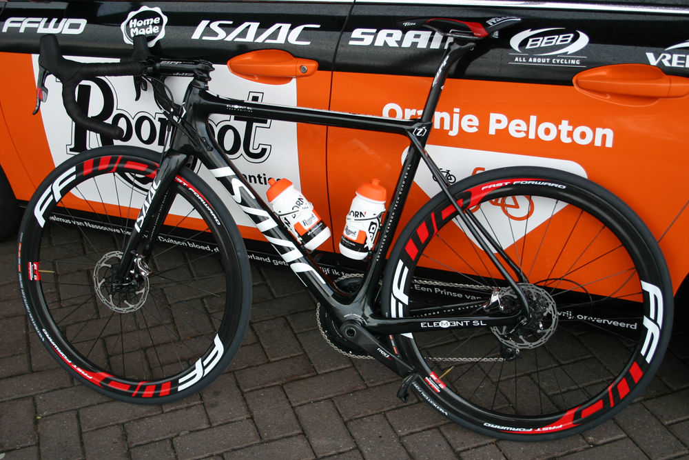 roompot-oranje peloton isaac element sl disc brake