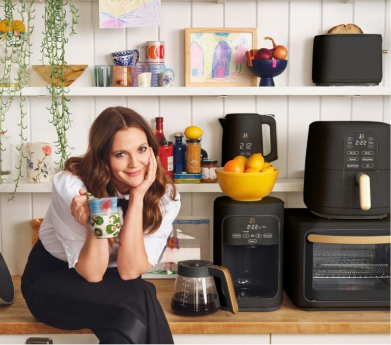 Beautiful Kitchenware Drew Barrymore
