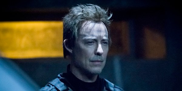 reverse flash staring at Barry in 2049