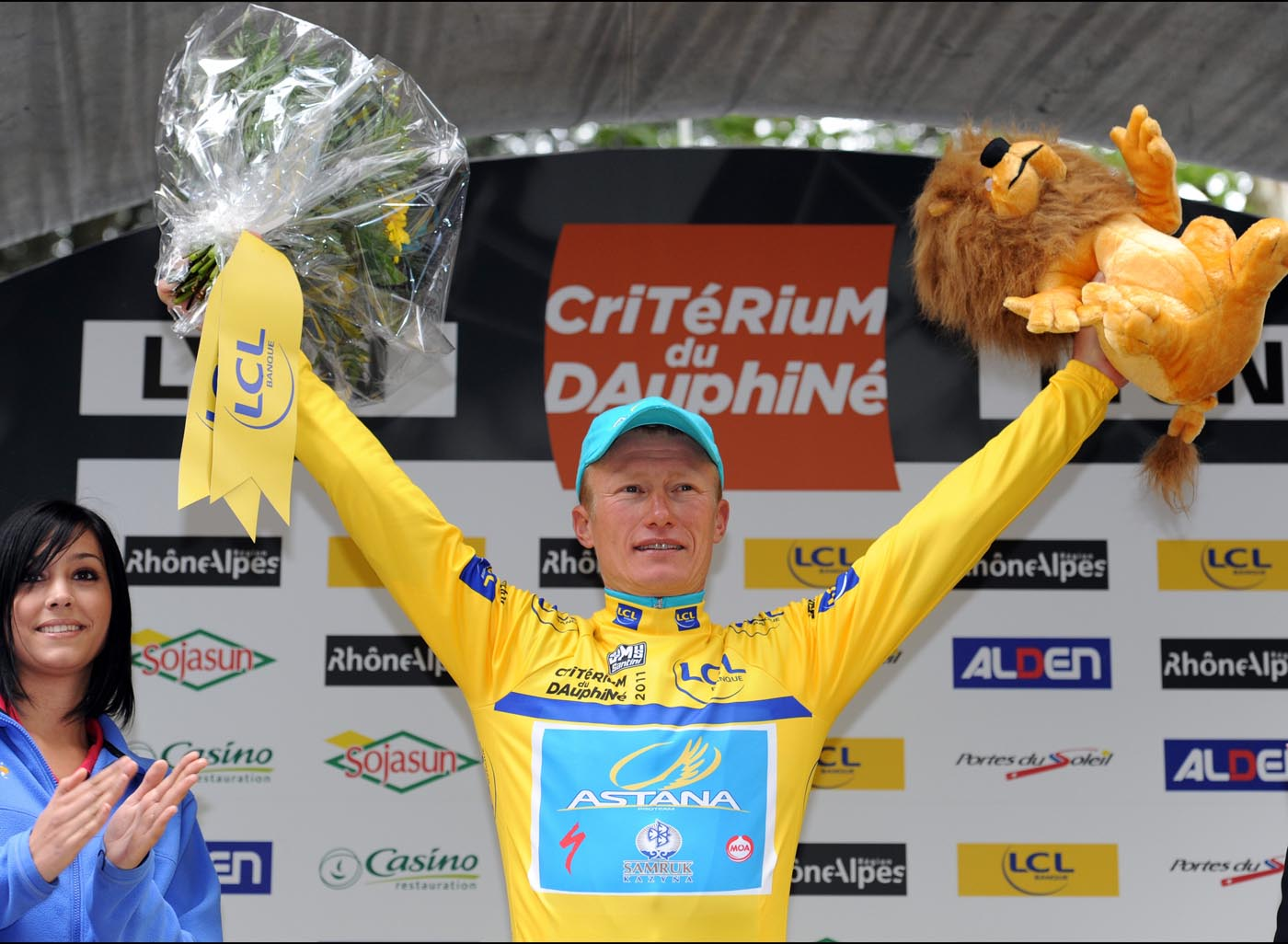 Alexandre Vinokourov maintains lead, Criterium du Dauphine 2011, stage two