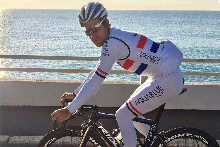 adam-blythe-2017-national-champion-kit