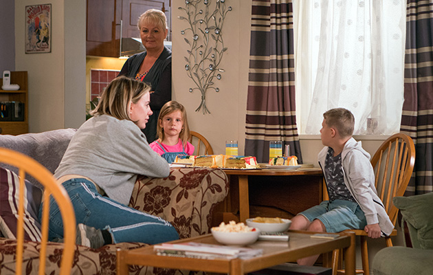 Abi Franklin is left in tears revealing to Steve her children would rather be with the foster parents than her.