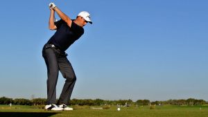 How to swing hybrids clubs