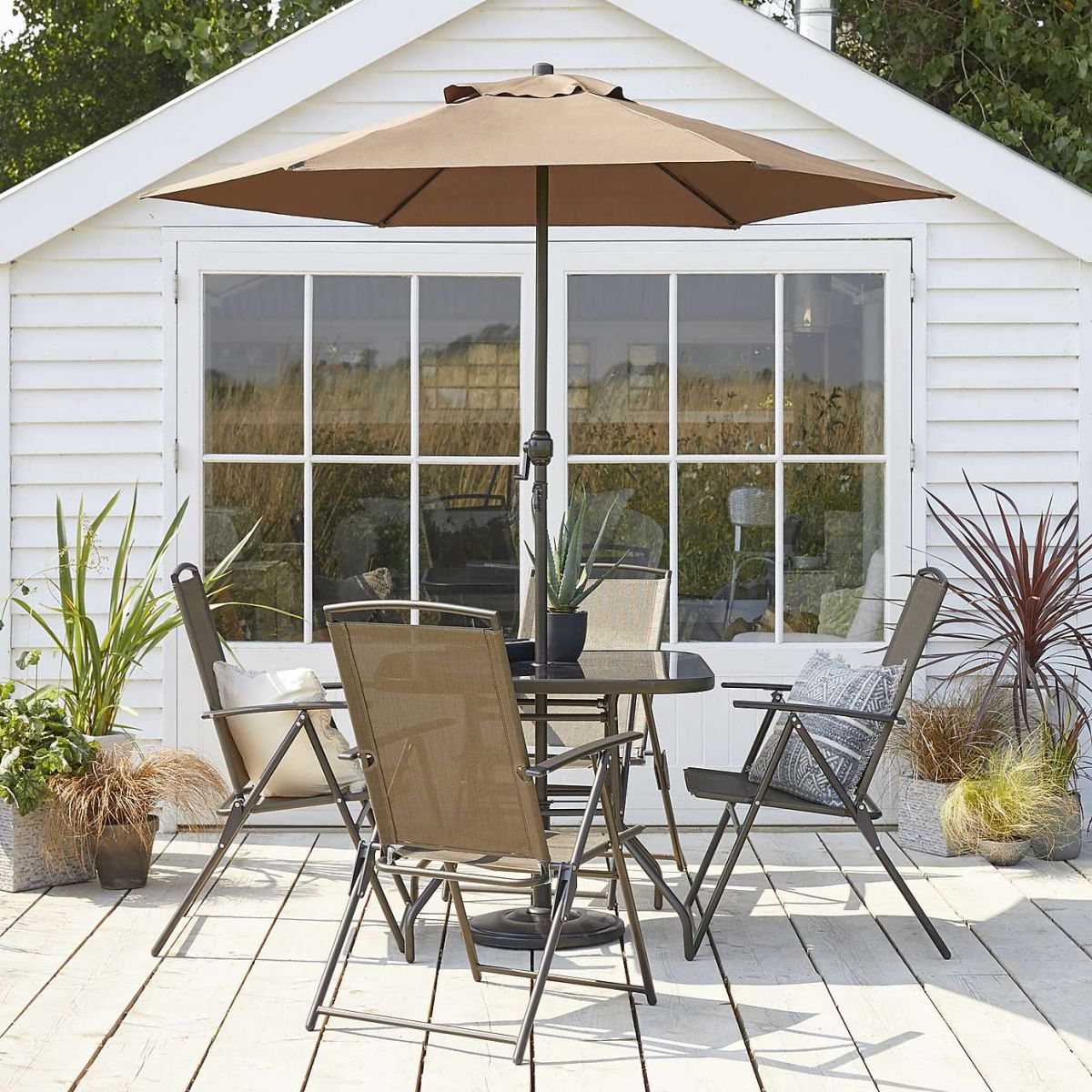 This Dunelm garden furniture is giving us holiday vibes (and we