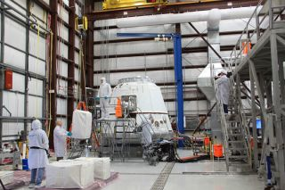 Another shot from cargo loading with @NASA in anticipation of the upcoming demo flight to the Space Station. http://pic.twitter.com/hnm7eQCV
