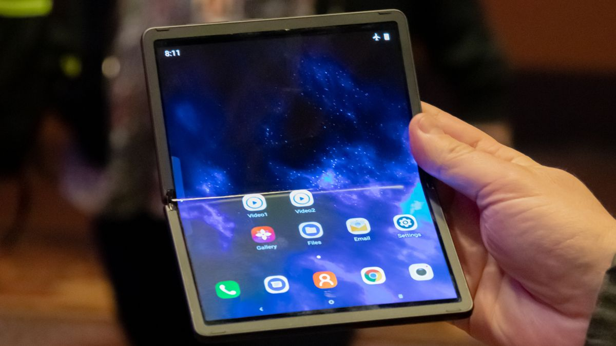 The TCL foldable phone may be the most important smartphone at CES 2020
