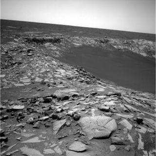 Mars Rover Inspects Beagle Crater