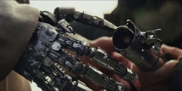 Luke Skywalker robotic hand Star Wars: The Last Jedi