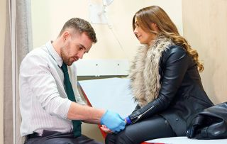 Coronation Street newcomer James Burrows on why his mum is a big help in his role as trainee GP, Ali Neeson