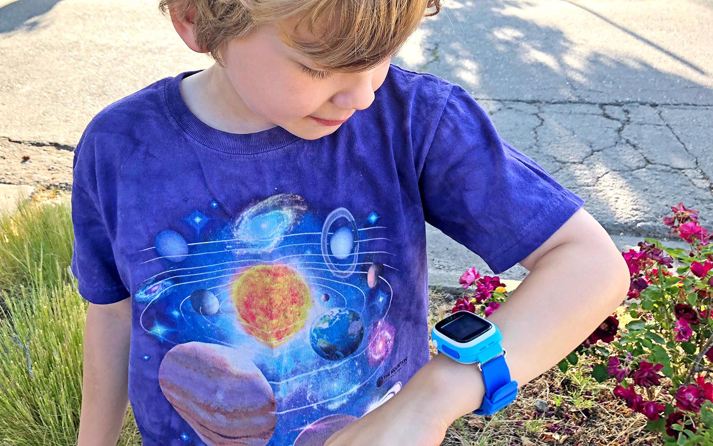 best gps tracker for kids: Lil Tracker