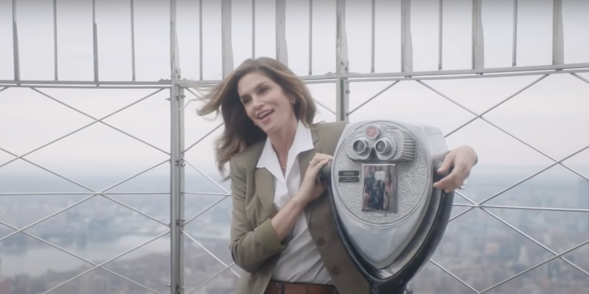 Cindy Crawford, 55, Recreated Her Iconic '90s Pepsi Ad And It's Like No Time Has Passed