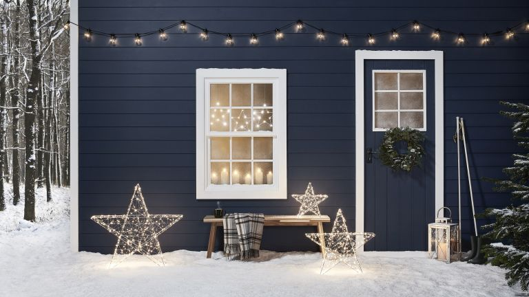 Christmas window displays: Midnight Blue Christmas Cabin Set of 3 Outdoor Micro Light Stars