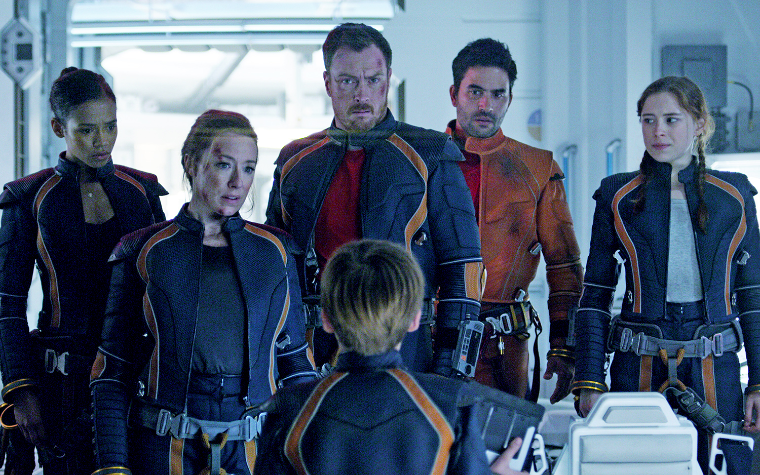 Gritty Survival Marks Debut of New 'Lost in Space' on Netflix   Space