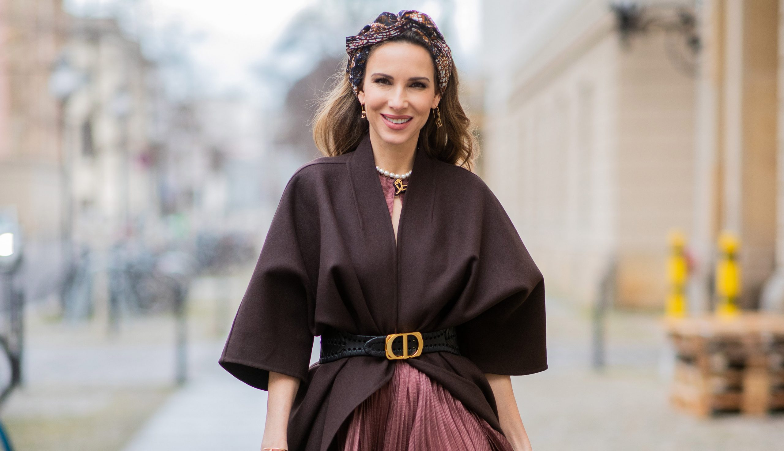 What To Wear To A Winter Wedding Outfit Ideas For Every Budget Woman Home