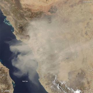 red-sea-dust-110503-02
