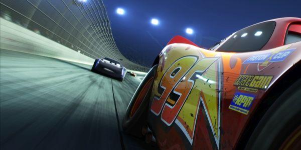 CARS 3 Lightnign McQueen vs Jackson Storm