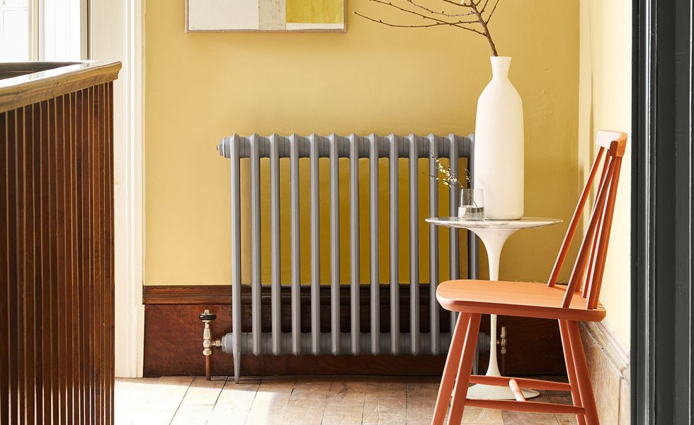 How to Paint Behind a Radiator: Expert Tips for a Professional Result