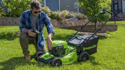 Greenworks 48V 20-inch Brushless Lawn Mower 1313802 review