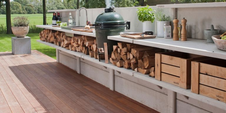 Roost episode 4 - a grey outdoor kitchen with egg kamado bbq - Pic-credit-WWOO-Outdoor-Kitchen-by-Garden-House-Design