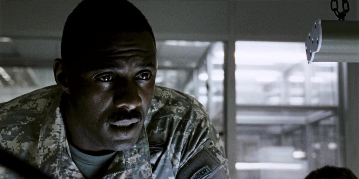 28 Weeks Later Idris Elba issuing orders in a control room