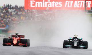 Valtteri Bottas kjørende i sin Formel 1-bil