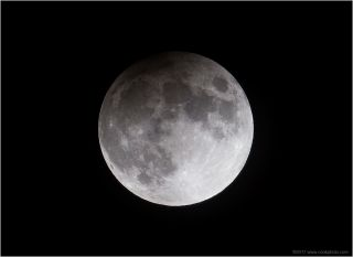 snow moon eclipse