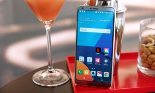 How to Use the LG G6's Gesture Shot for Photos | Tom's Guide