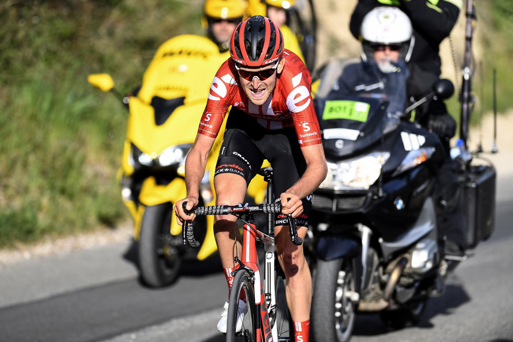 Tiesj Benoot (Sunweb) on the attack in Paris-Nice stage 6