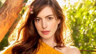 Anne Hathaway Apple WeCrashed