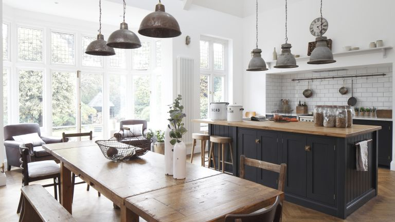 After Three Years Abroad Lucy Rees Was Determined To Make Her Mark On This Victorian Arts And Crafts House Where She Can Surround Herself With Family