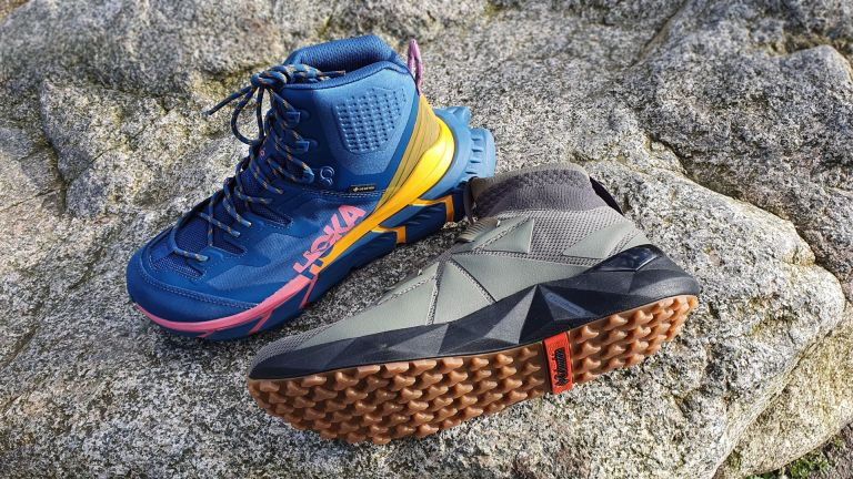 Hoka One One TenNine Hike GTX vs Columbia Facet 45