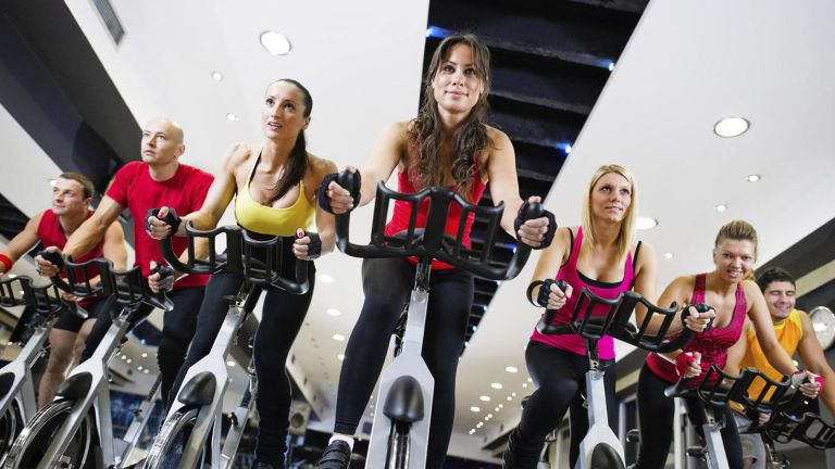 best spin bike: spin class lifestyle image