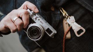 best compact cameras Fujifilm X100V
