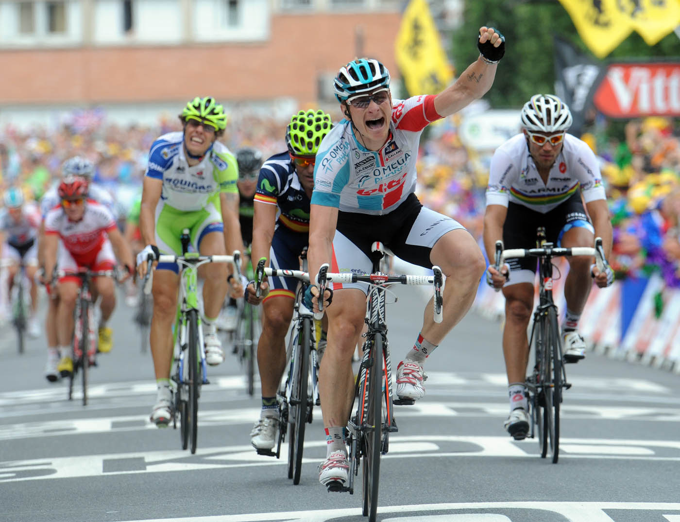 Greipel Beats Cavendish In Tour Stage 10 Sprint Cycling