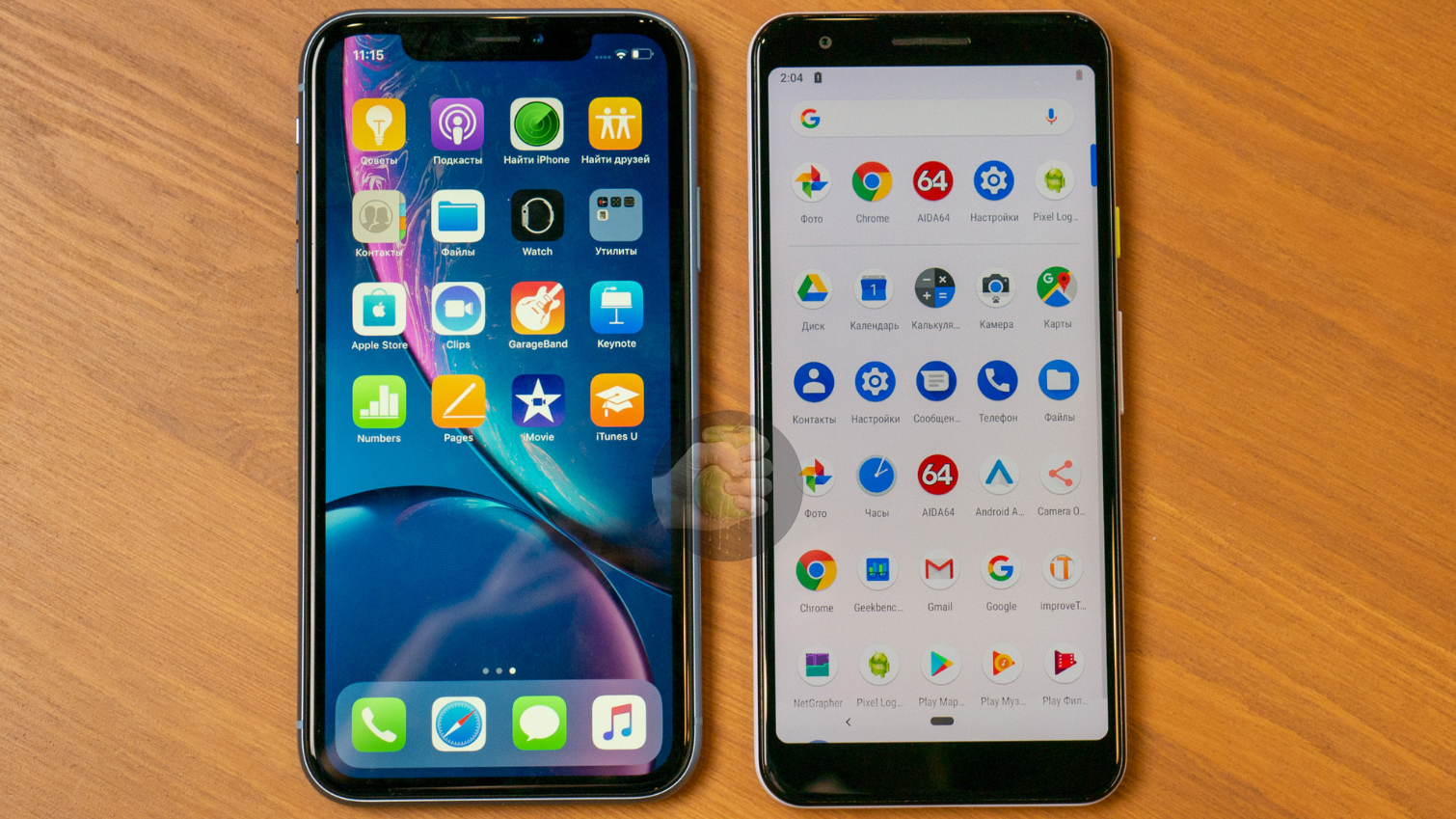 Pixel 3 Lite Caught Posing Next to iPhone XR, Pixel 3 XL