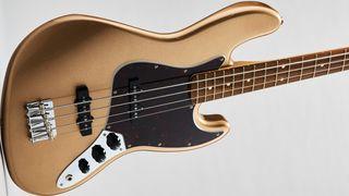 Fender Vintera '60s Jazz review