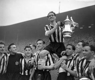 Soccer – FA Cup Final – Newcastle United v Arsenal – Wembley