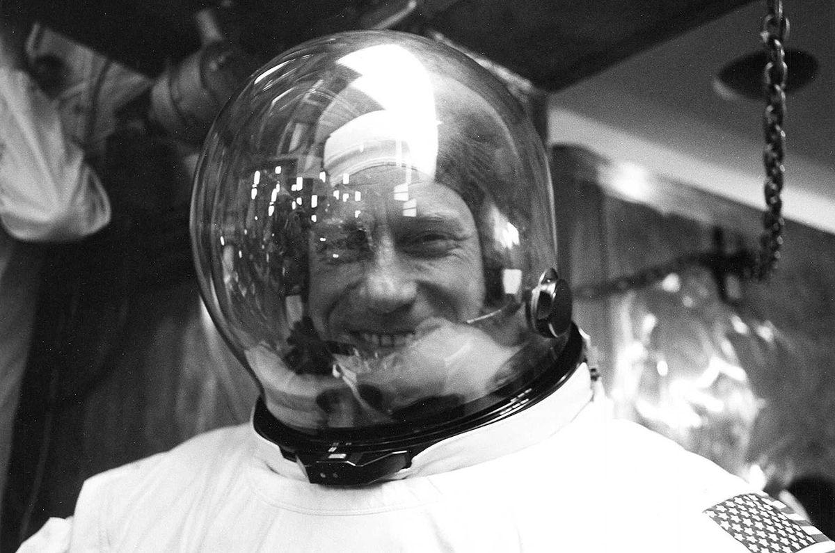 Apollo astronaut Al Worden, who orbited the moon, dies at 88