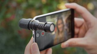 best microphones for iPhone - Rode VideoMic Me-L