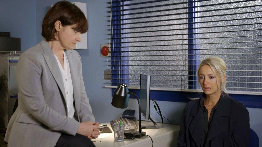 Doctors, Emma Reid, Becky Clarke