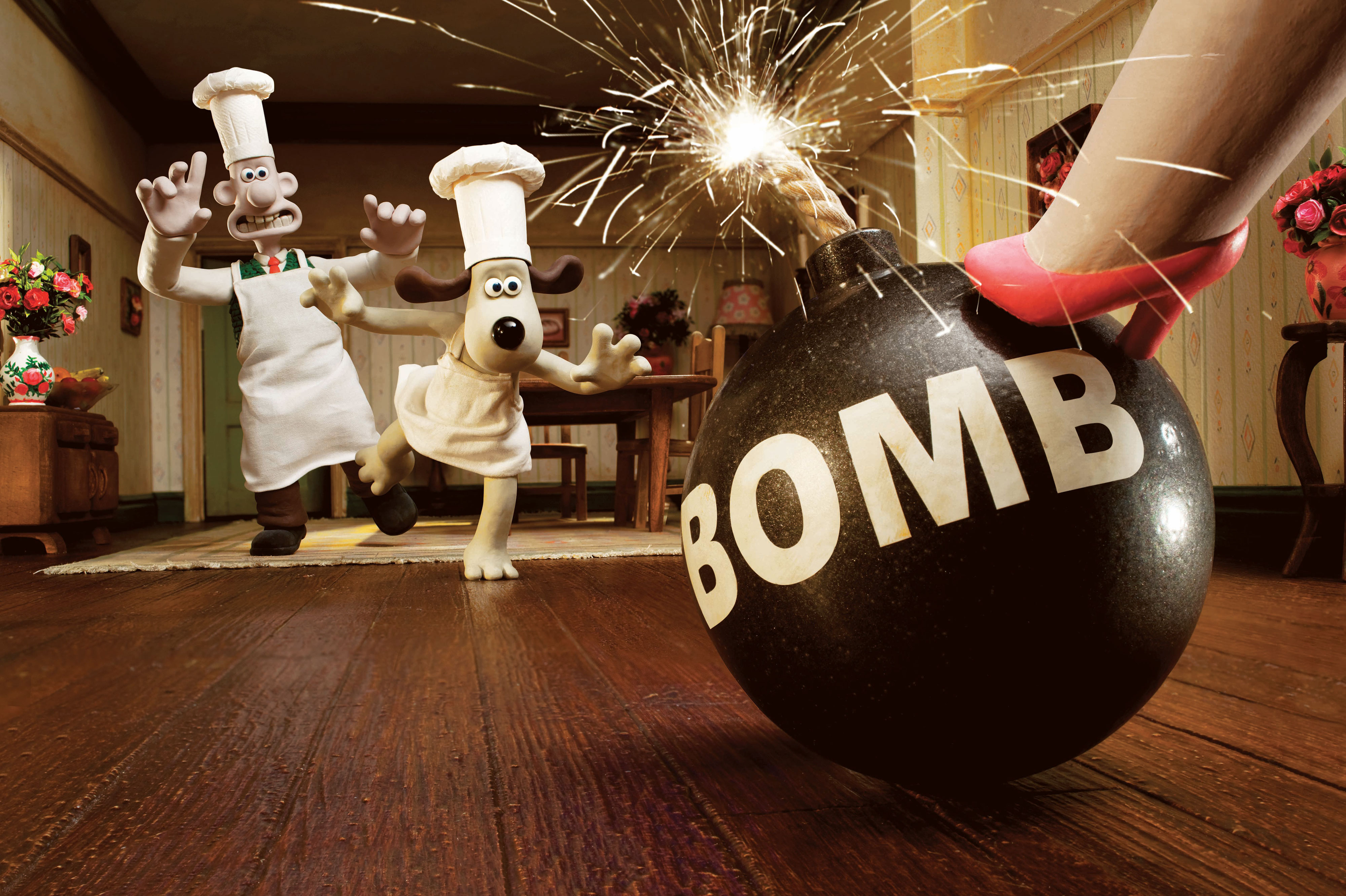 Wallace and Gromit run to stop a bomb from exploding