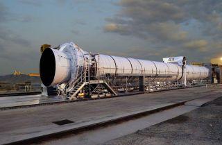 Glitch Cancels NASA's First Moon Rocket Test Firing
