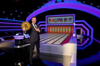 TV tonight Stephen Mulhern hosts Rolling In It