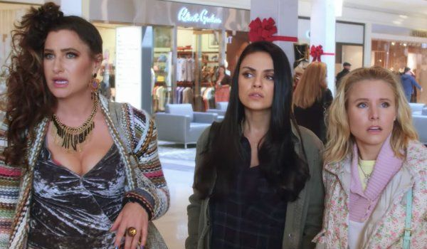 A Bad Moms Christmas Review - CINEMABLEND