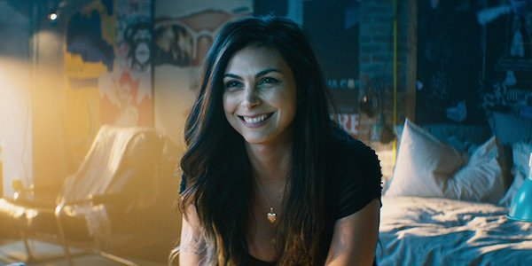 Vanessa smiling in Deadpool 2