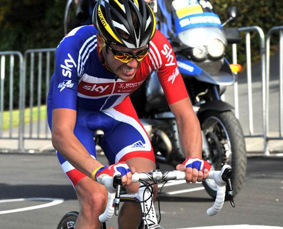 Alex Dowsett chases, World Championships 2010, under-23 men's road race