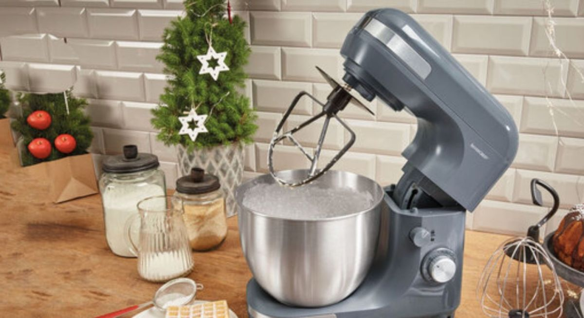 Lidl is launching NEW Christmas baking essentials!